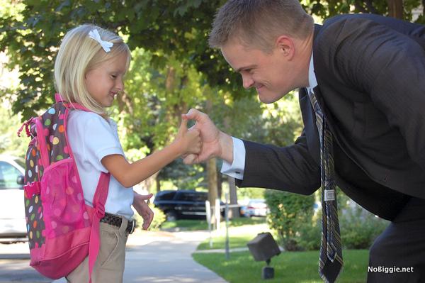 with dad back to school kindergarten | NoBiggie.net