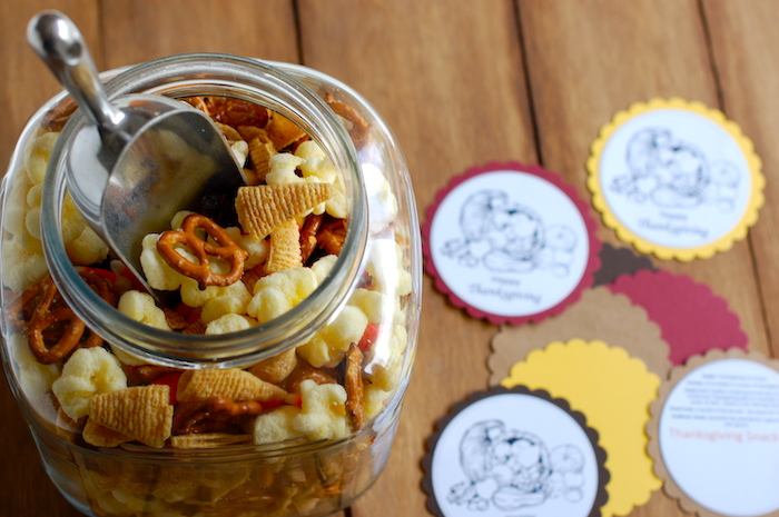 Thanksgiving Snack Mix with printable | NoBiggie.net