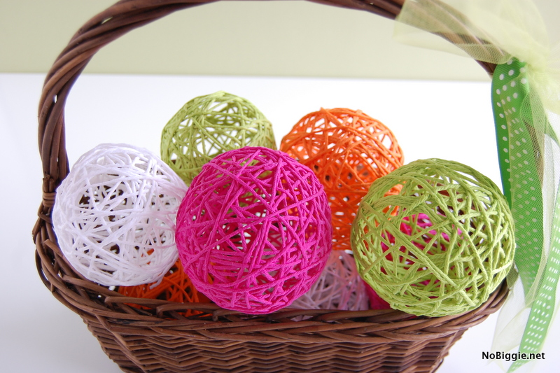 How to make Glue Yarn Balls Tutorial