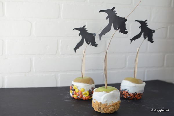 Witchy Caramel Apples for Halloween - for less! Make gourmet apples for your next party! | NoBiggie.net