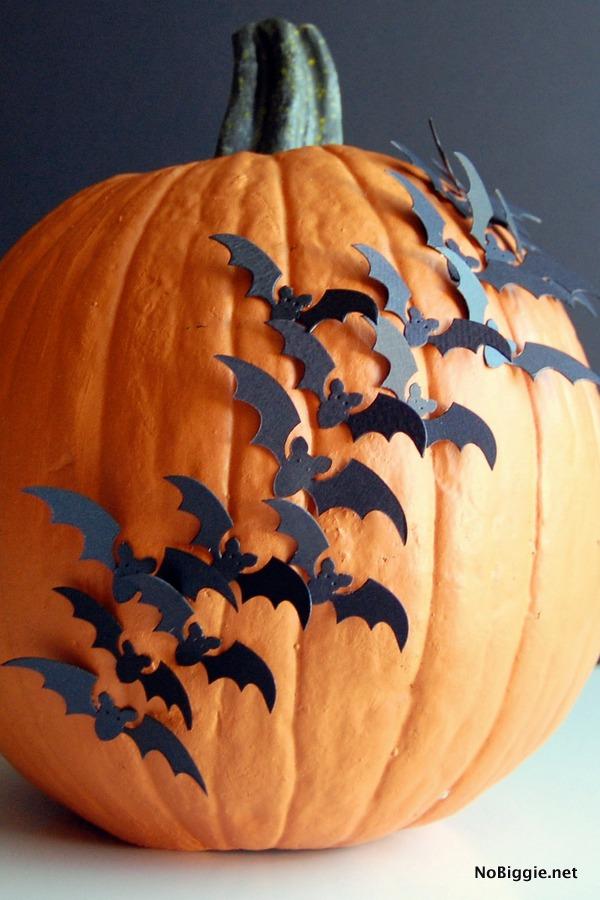 swarm of bats pumpkin