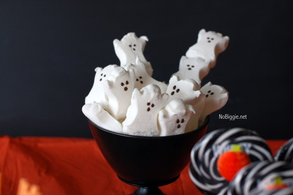 Halloween candy ghosts