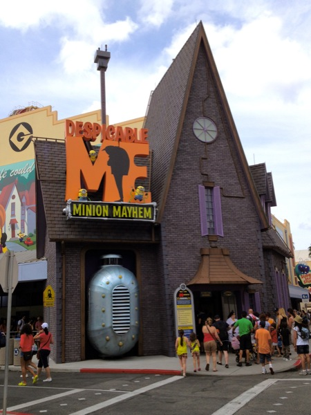 Despicable Me ride 1