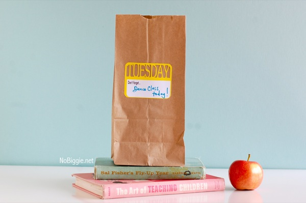 School lunch notes  www.NoBiggie.net #freeprintable #DaysofTheWeek