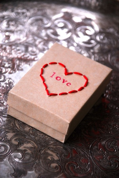 kraft paper box stitched heart