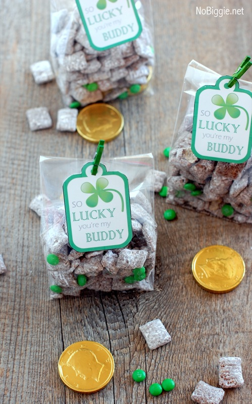 St Patricks Day Muddy Buddies With Free Printable