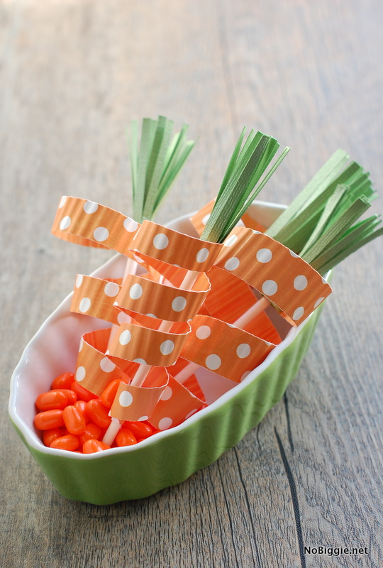 paper craft carrots for carrot cake toppers - NoBiggie.net