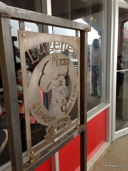 Eugene's pizza- NoBiggie.net