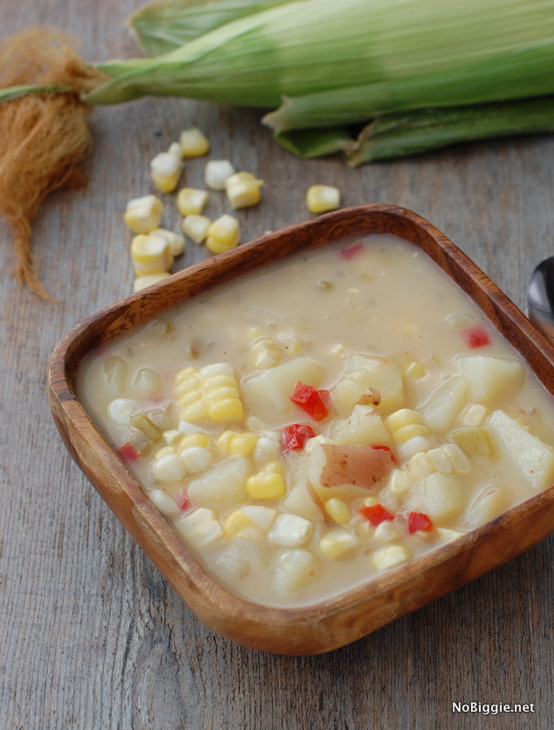 sweet corn and pepper chowder | NoBiggie.net