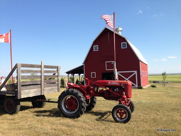 the big red barn - NoBiggie.net