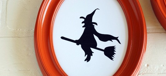 5 simple Halloween Silhouettes - free printables- NoBiggie.net