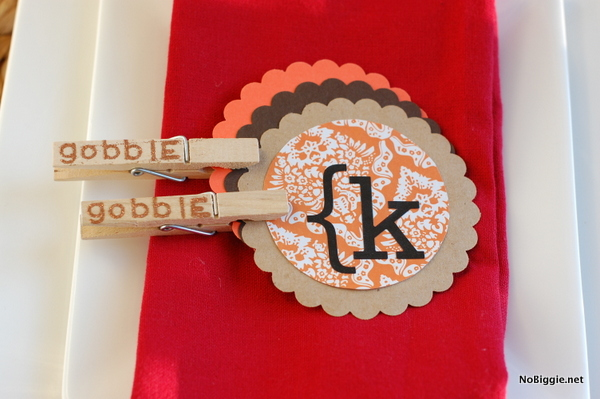 stamped clothes pin craft for Thanksgiving | NoBiggie.net