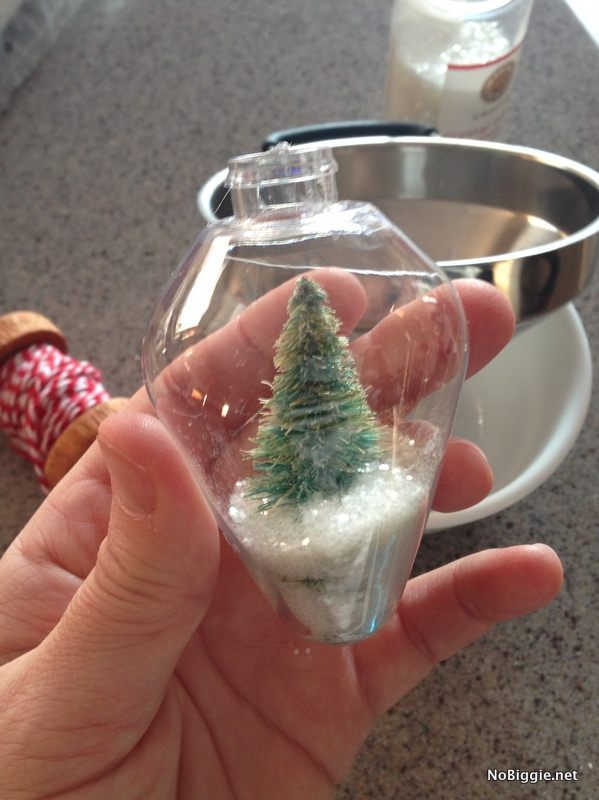 snow globe ornament - How To - NoBiggie.net