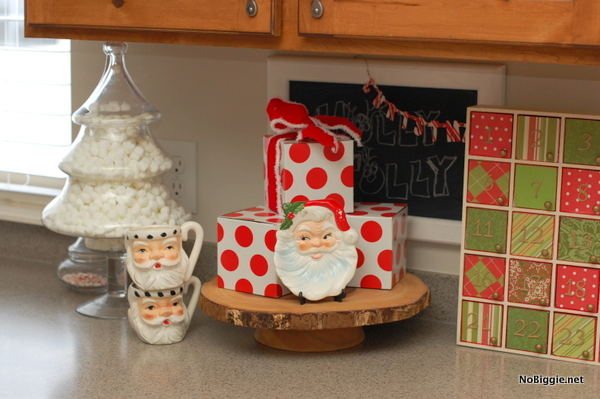 vintage santa mugs and plate - NoBiggie.net