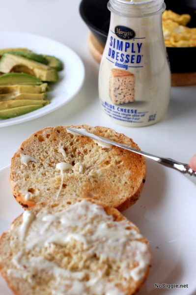 Marzetti blue cheese dressing on the sandwich | NoBiggie.net