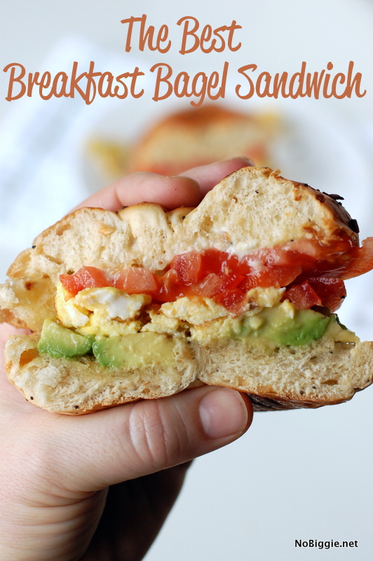 Best breakfast bagel sandwich is a great hearty way to start your day. #bagelsandwich #breakfast #breakfastsandwich #avocado #eggs