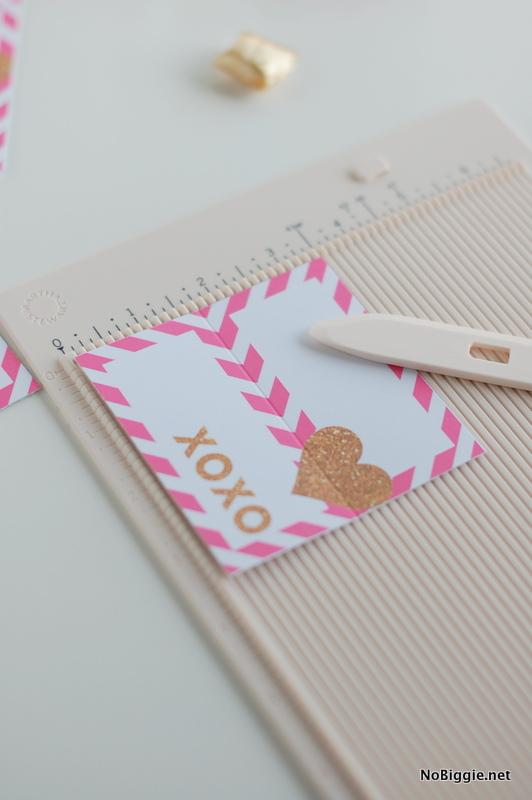 Score - pop up heart Valentines via NoBiggie.net (free printable)