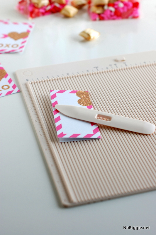 bone folder crease - pop up heart Valentines via NoBiggie.net (free printable)