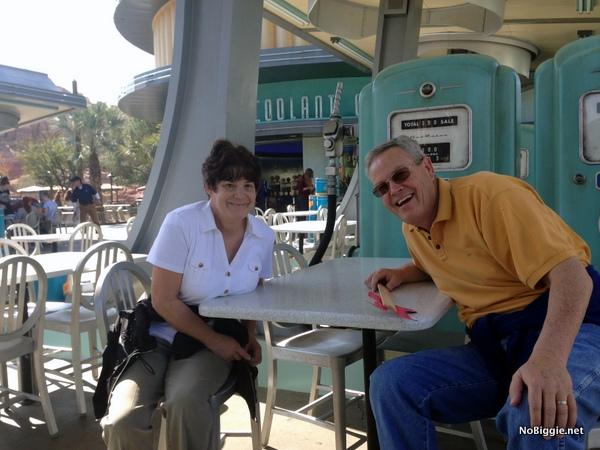 My cute parents - NoBiggie.net