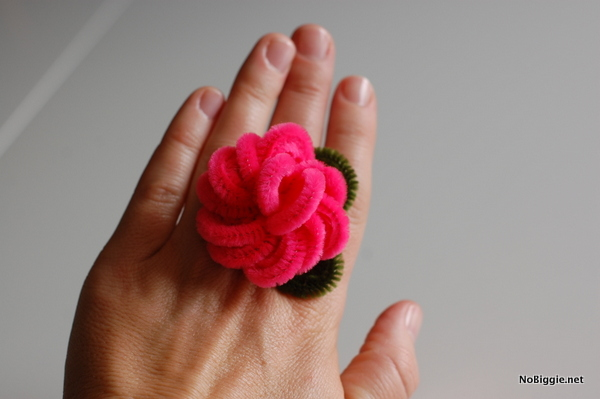 pipe cleaner rose ring craft | NoBiggie.net