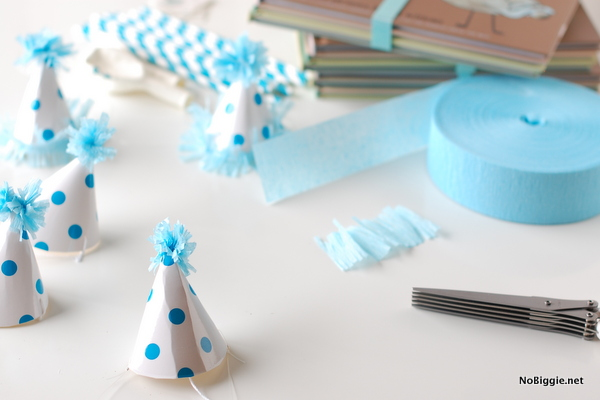 DIY tiny party hats | NoBiggie.net