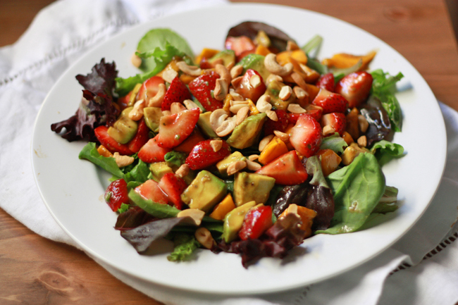 summer salad with balsamic lime dressing | 25+ delicious salad recipes