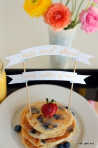 breakfast in bed banner for mother's day | NoBiggie.net