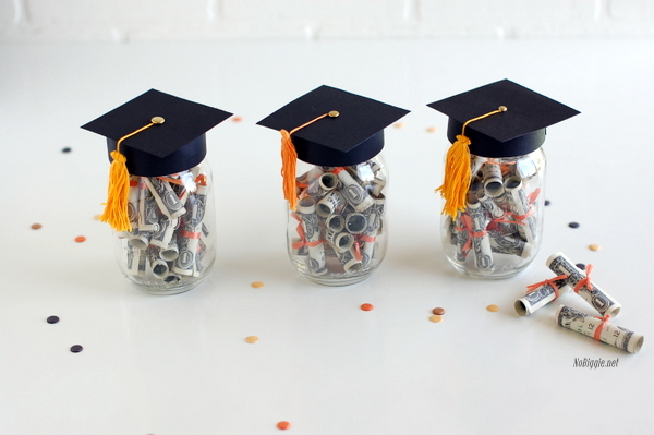 graduation mason jar money gift nobiggienet