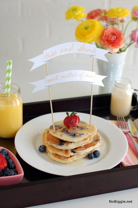 mother 39 s day breakfast in bed printable banner. Black Bedroom Furniture Sets. Home Design Ideas