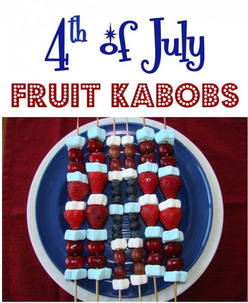 4th of July Fruit Kabobs | +25 4th of July Party Ideas