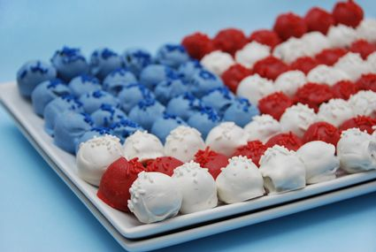 Cake Pop Flag | 25+ Patriotic Treats