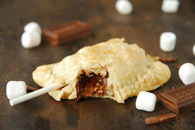 S'mores Pie Pops | 25+ S'mores Recipes