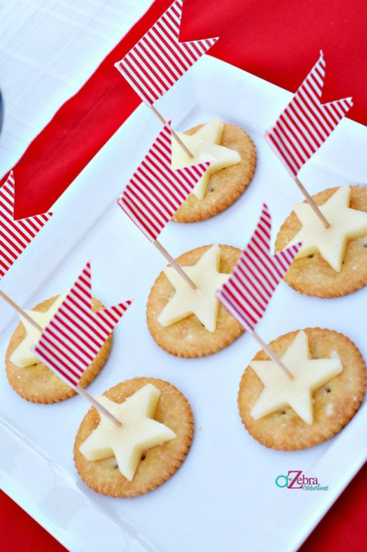 festive crackers and cheese | 25+ 4th of July Party ideas