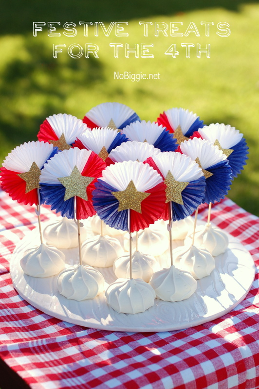 Festive Treats for the 4th that will make your table look so cute. #4thofjuly #festivetreats #meringuecookies #meringue