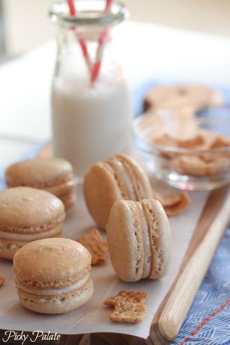 Cinnamon Toast Crunch Macarons | 25+ Bite Size Desserts