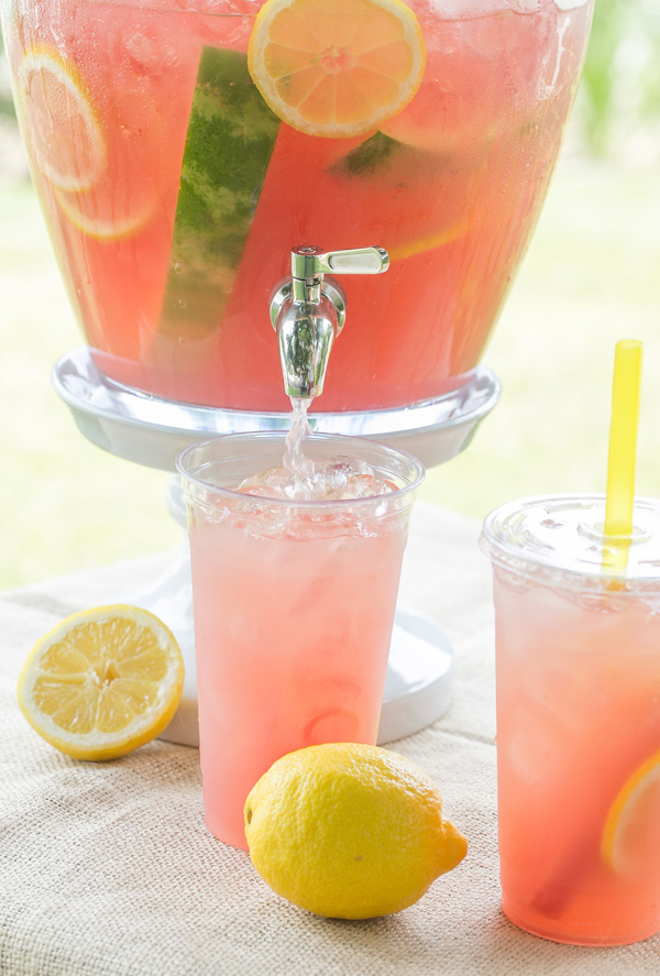 Watermelon Lemonade | 25+ Non-Alcoholic Summer Drinks
