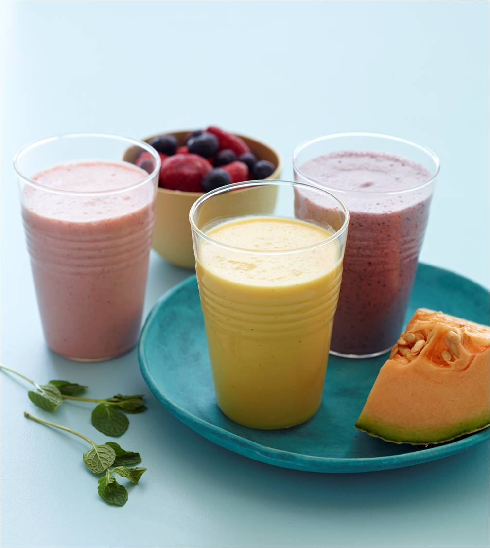 3 Paleo Breakfast Smoothies | 25+ gluten free and dairy free breakfast recipes