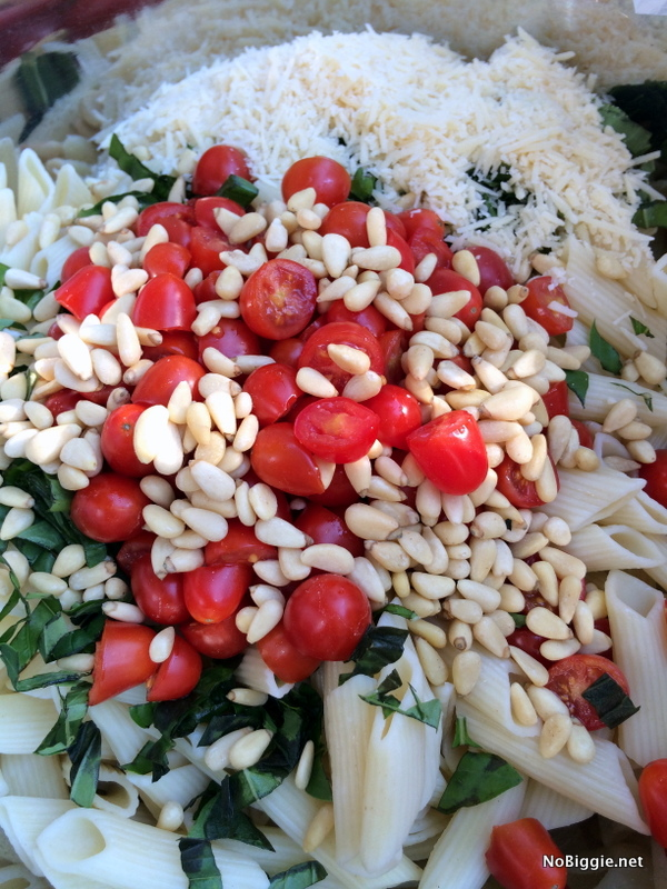 caprese Pasta Salad ingredients | NoBiggie.net