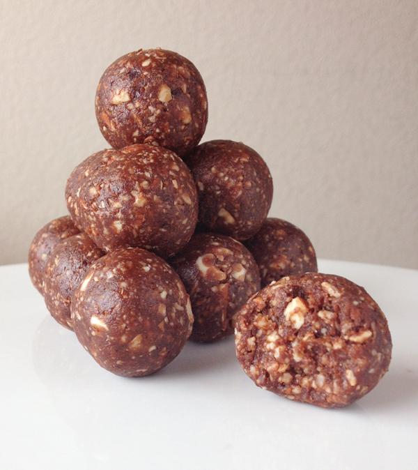 Chocolate brownie bites | 25+ gluten free and dairy free snack ideas