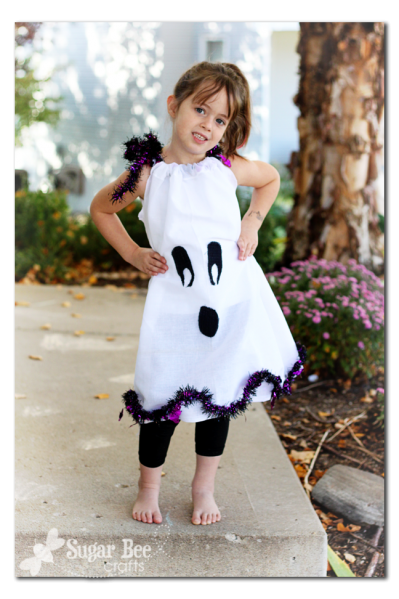 25 creative diy costumes for girls ghost pillowcase dress 25 halloween costumes for girls solutioingenieria Images