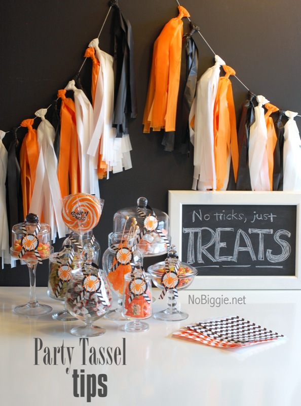 Party tassel garland | MORE halloween party ideas