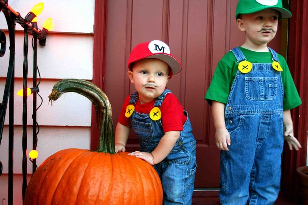 The Super Mario Brothers | 25+ creative diy costumes for boys
