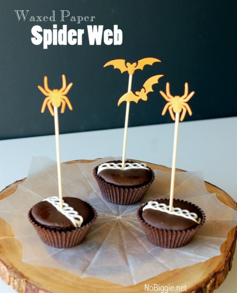 Wax paper spider webs | MORE halloween party ideas