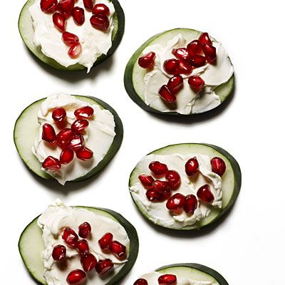 Cucumber Cream Cheese Pomegranate Bites | +25 Healthy Holiday Snacks