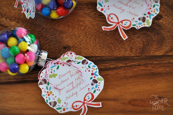 Blowing wishes your way | 25+ neighbor gift ideas