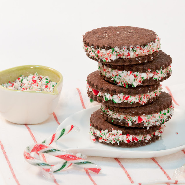 Chocolate Mint Sandwich cookies | 25+ MORE Christmas cookie exchange ...