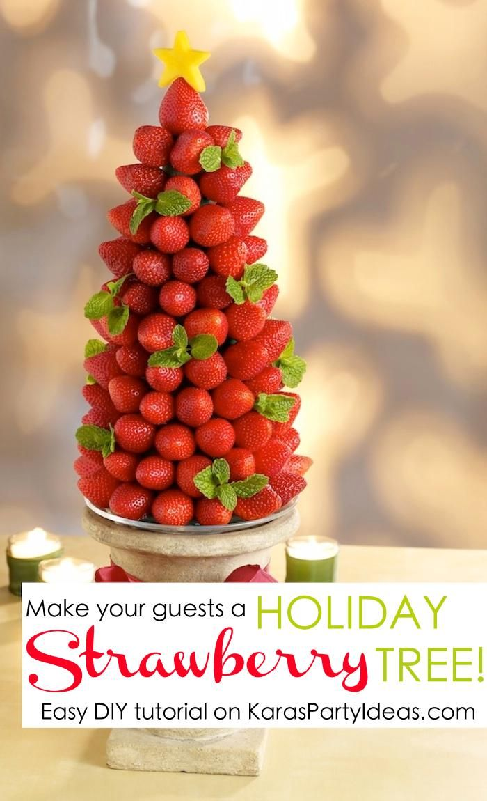 Very Berry Holiday Strawberry Tree | +25 Healthy Holiday Snacks
