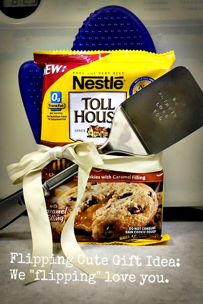 We flippin love you   25+ neighbor gift ideas