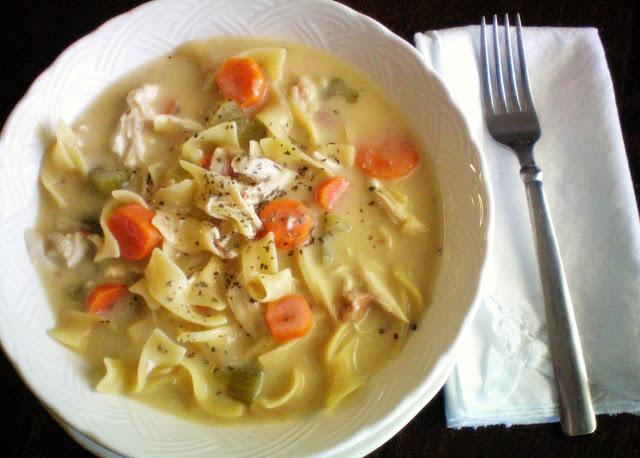 Crock pot Creamy Chicken Noodle Soup | 25+ Slow Cooker Recipes Kids Love