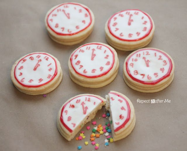 New Years Confetti Clock Cookies | 25+ New Year's Eve Party Ideas